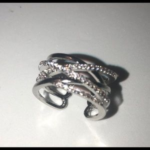 Jewelry - Silver plated ring with zirconias